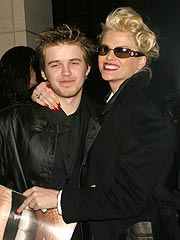 Daniel With Anna Nicole Smith